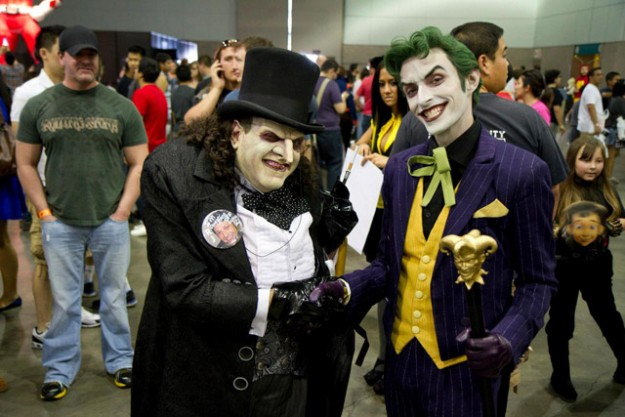 Penguin-Batman-Returns-and-Joker-Killing-Joke-DC-Comics-Cosplay